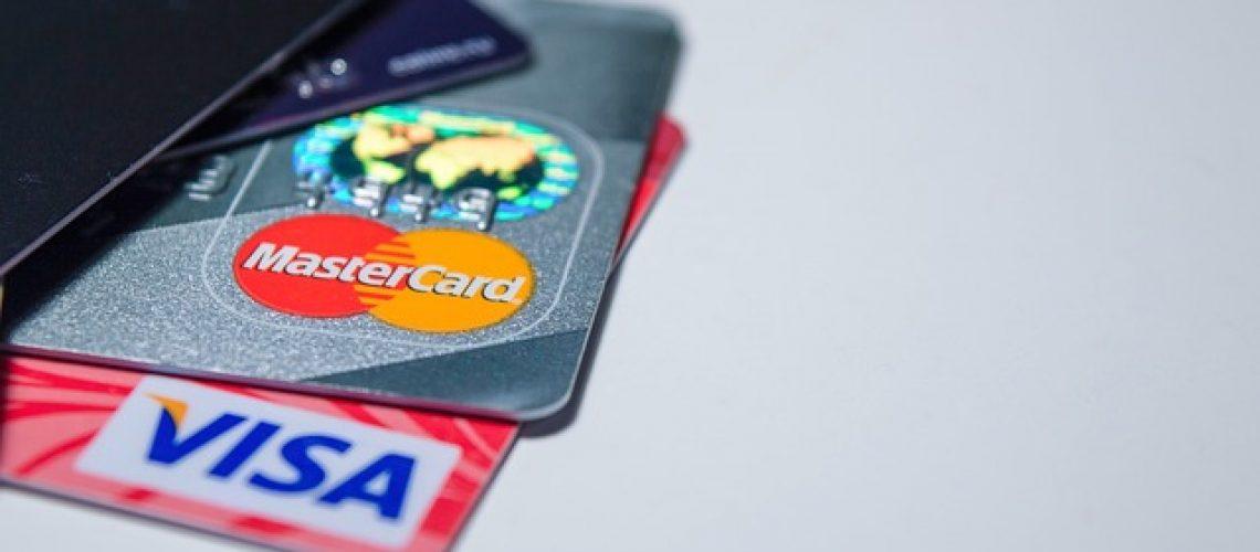 חיווי אשראי אדום